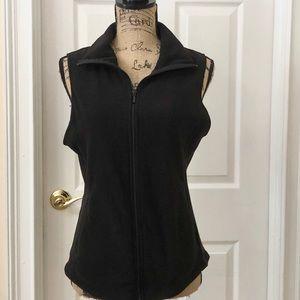 Old Navy black fleece vest